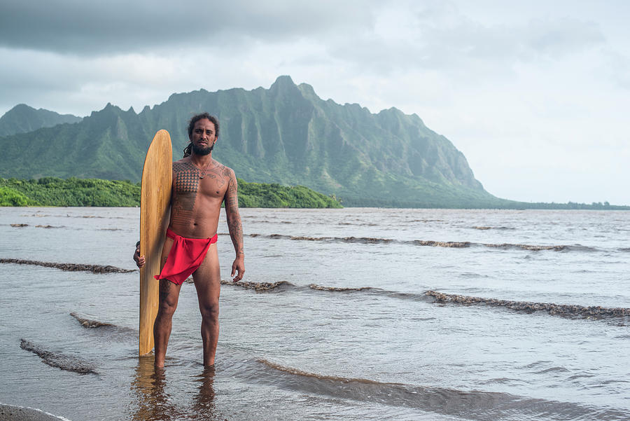 Hawaiian Photograph - Hawaiian Alaia Surfer by Sean Davey