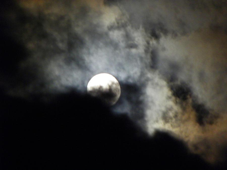 Moon Photograph - Hawaiian Moon by Elizabeth Hoskinson