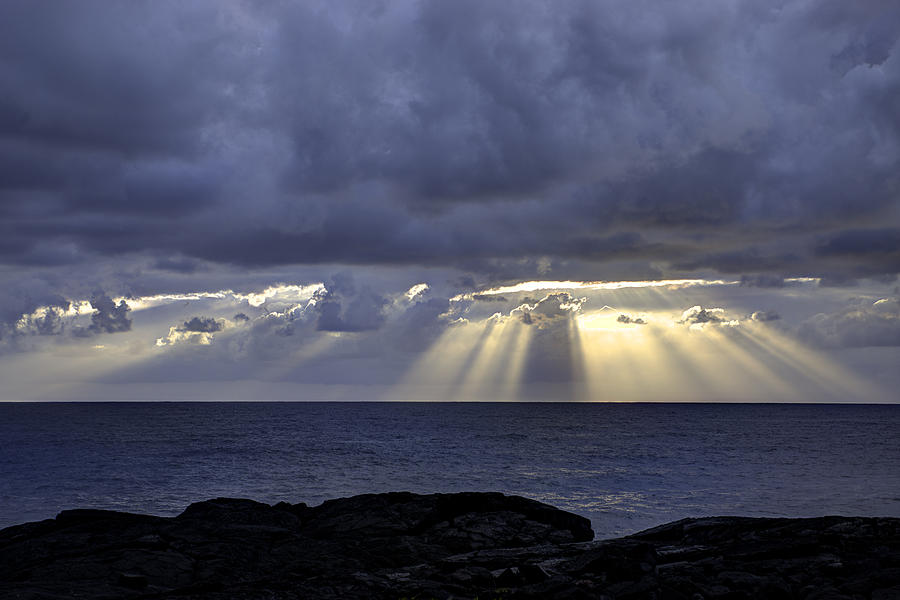 Sunrise Photograph - Hawaiian Sunrise by Mike Herdering