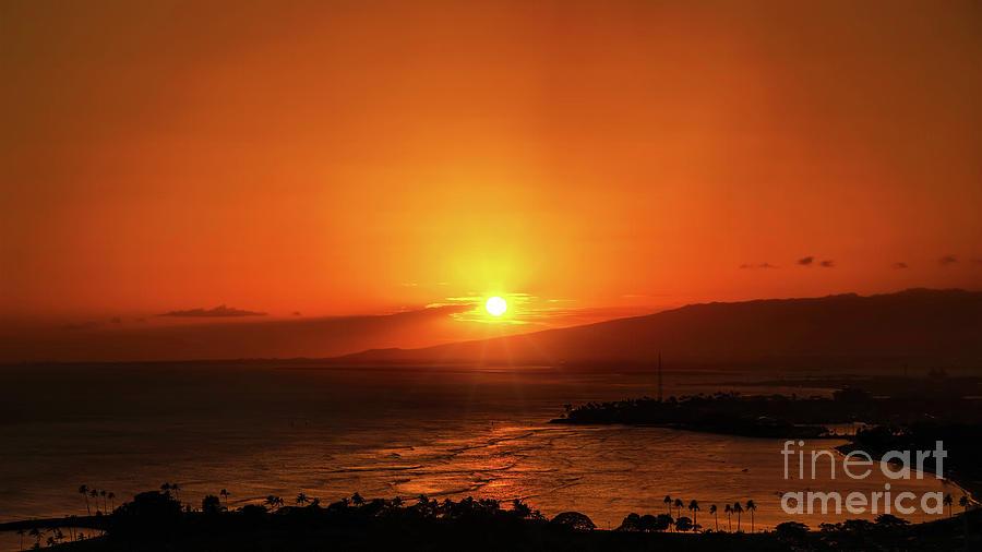 Hawaiian Sunset by Sue Melvin