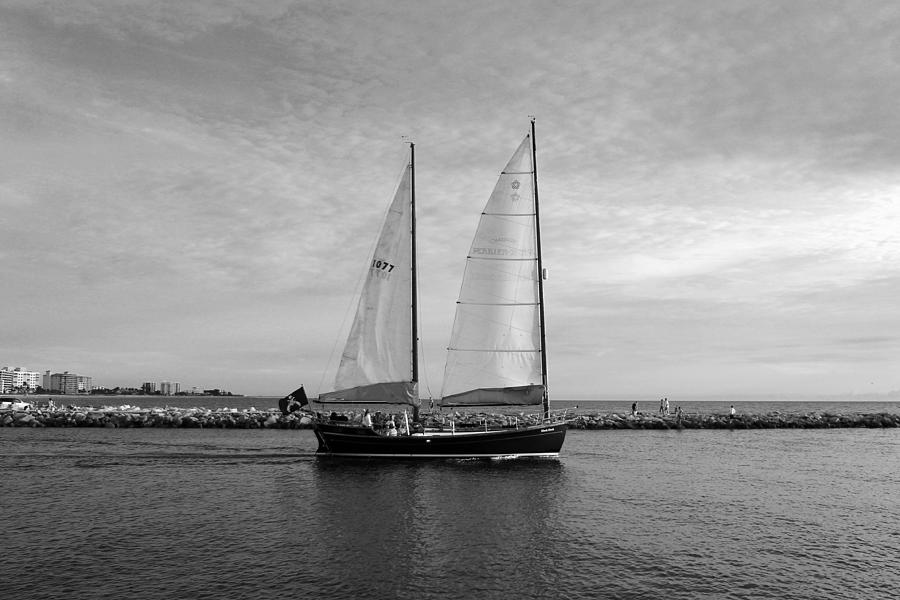 For Sale Photograph - Headed Out To Sea by Robert Wilder Jr