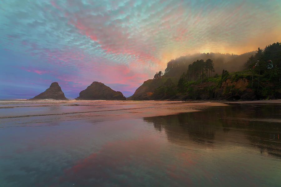 Heceta Head Photograph - Heceta Head Lighthouse Foggy Sunset by David Gn