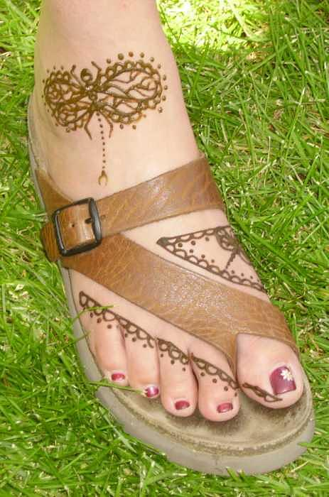 Henna Tattoos Drawing - Henna Design by Janet Gioffre Harrington