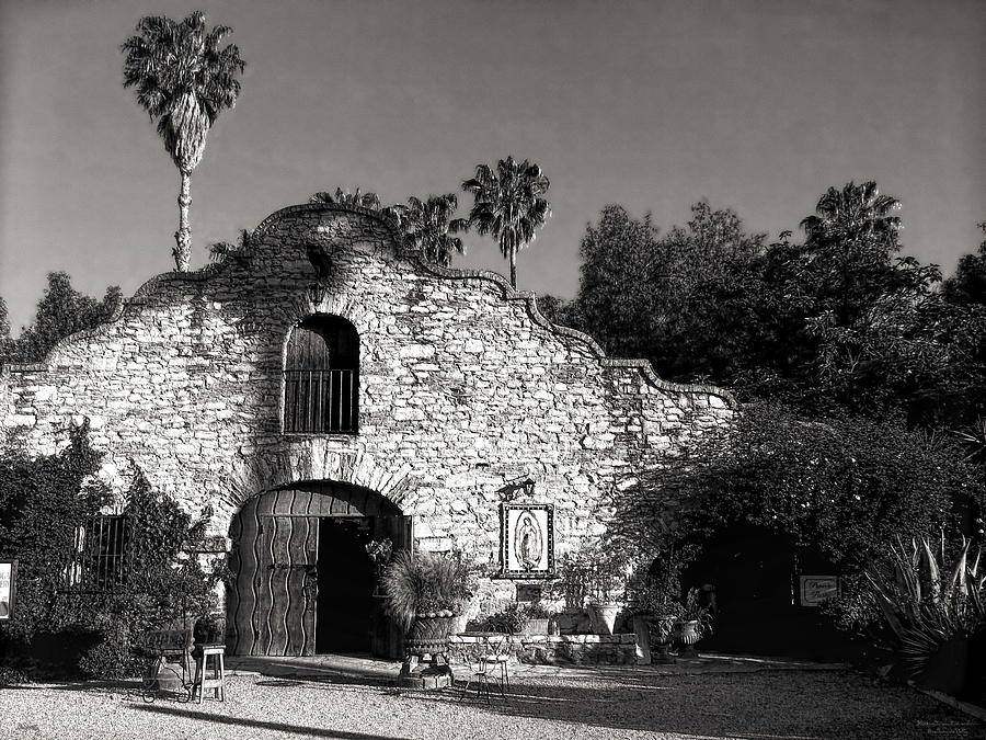 Mission Architecture Photograph - Hidden Chateau by Glenn McCarthy Art and Photography