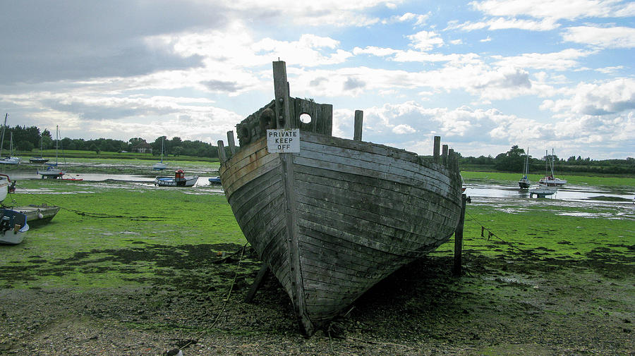 Shakespeare Photograph - Low Tide by Maria Joy