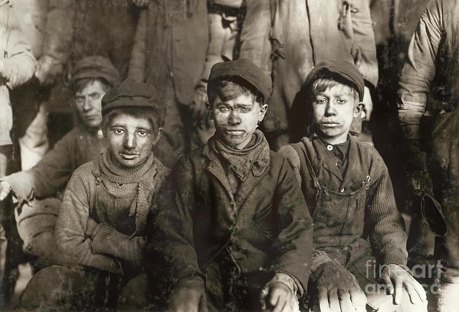 1911 Photograph - Hine: Breaker Boys, 1911 by Granger