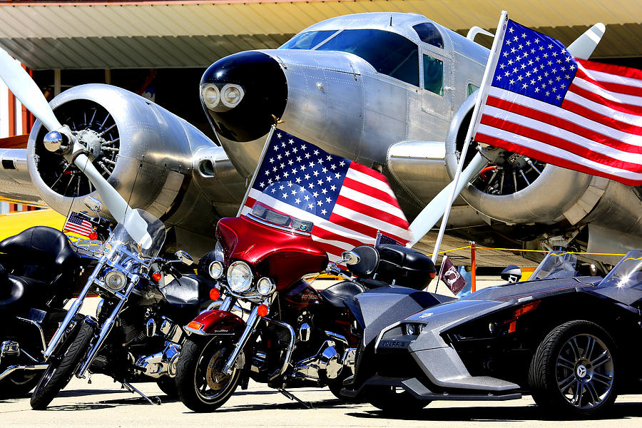 Hog Heaven At The Hollister Air Show Photograph by John King