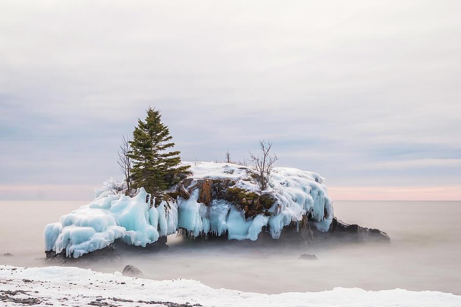 Hollow Rock Photograph - Hollow Rock Winter by Linda Ryma