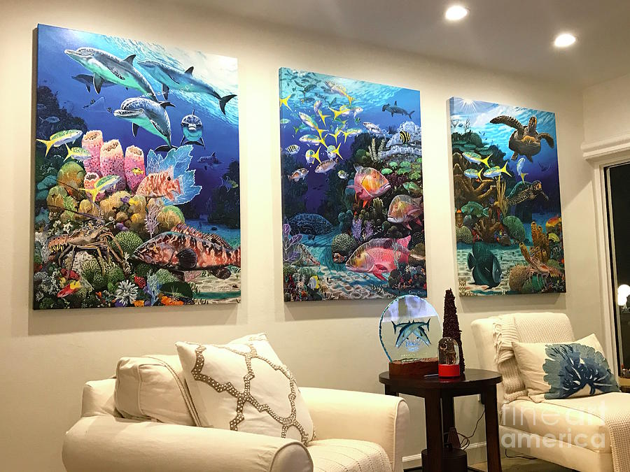 Fish Tank Painting - Home Decorations by Carey Chen
