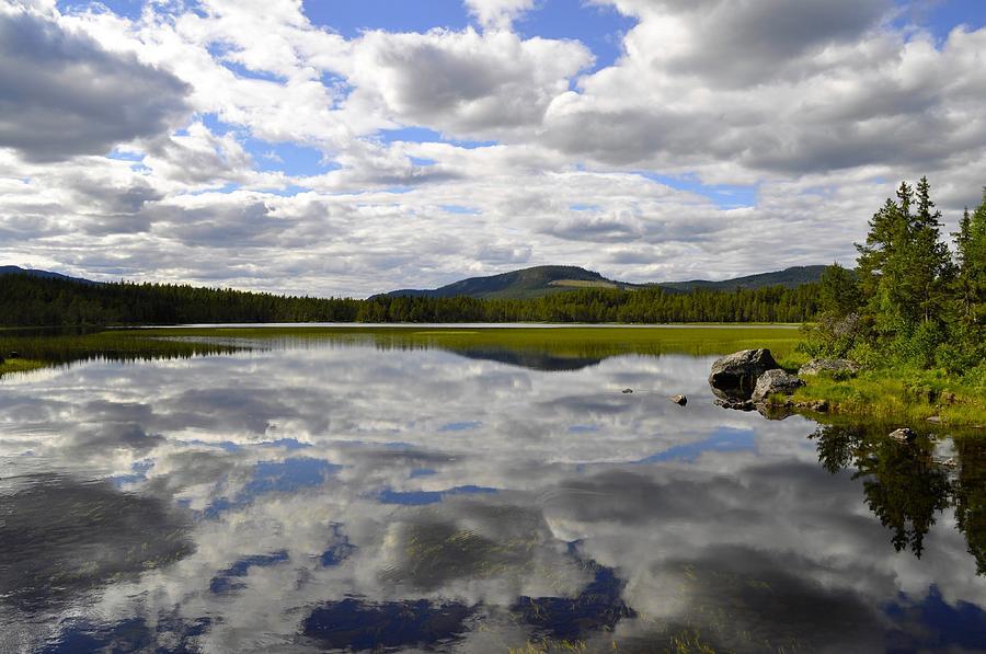 Hon Lake by Thomas M Pikolin