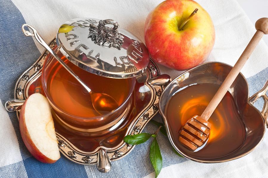 Honey Digital Art - Honey by Dorothy Binder