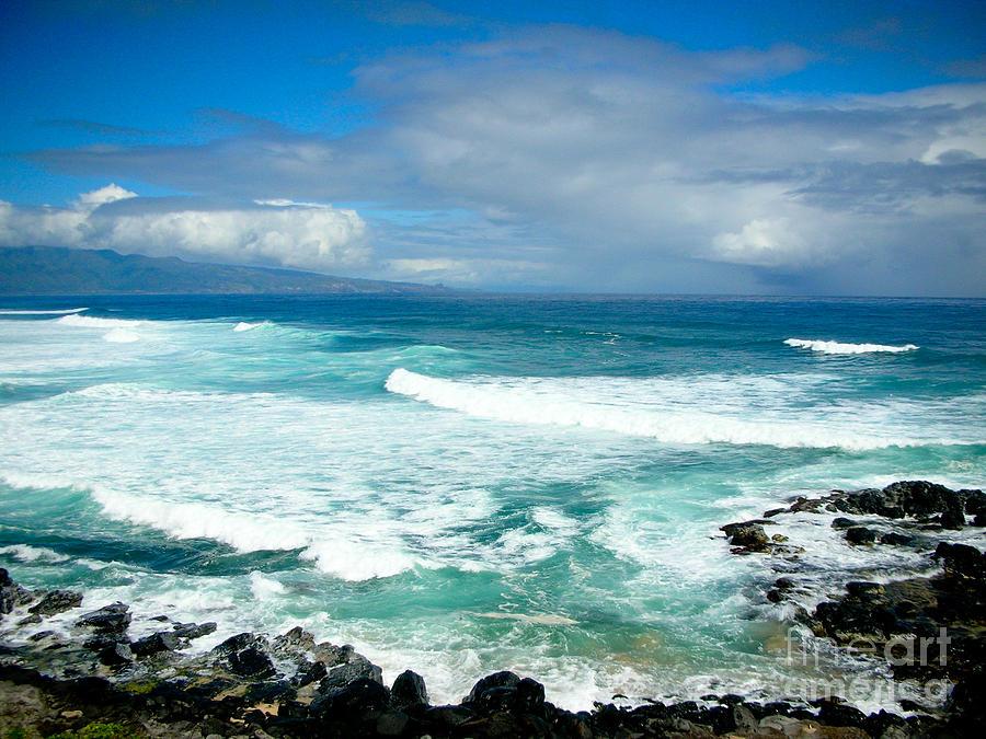 Maui Photograph - Hookipa Beach Maui by Kelly Wade
