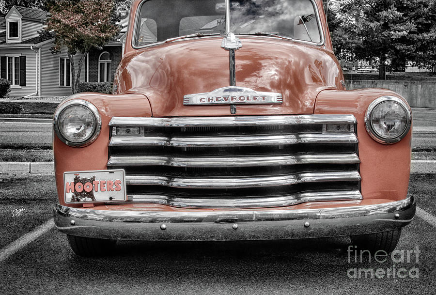 Chevrolet Photograph - Hooters Thriftmaster  by Steven Digman