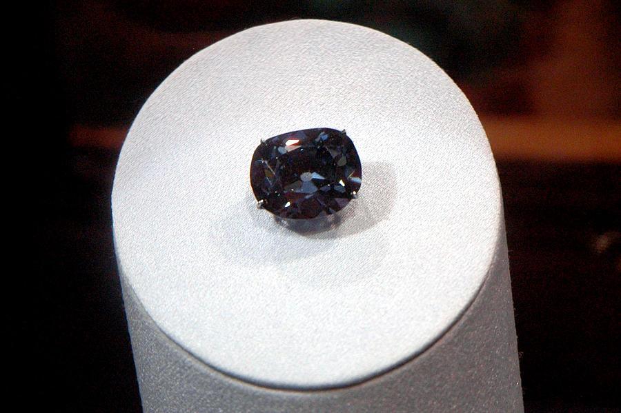 Usa Photograph - Hope Diamond 45.52 Carats by LeeAnn McLaneGoetz McLaneGoetzStudioLLCcom