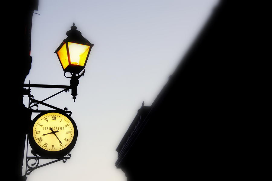 Clock Photograph - Horlage by Russell Styles