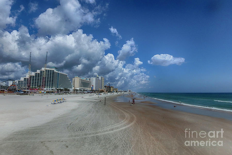 Hotels Photograph - Hot Times In The Summertime by Judy Hall-Folde