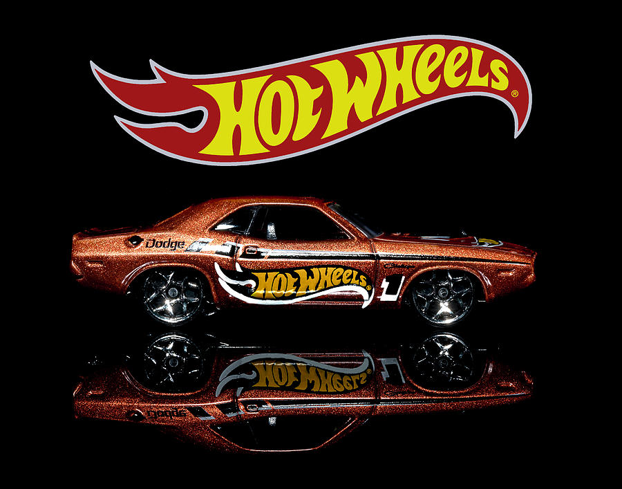 Hot Wheels '70 Dodge Challenger by James Sage