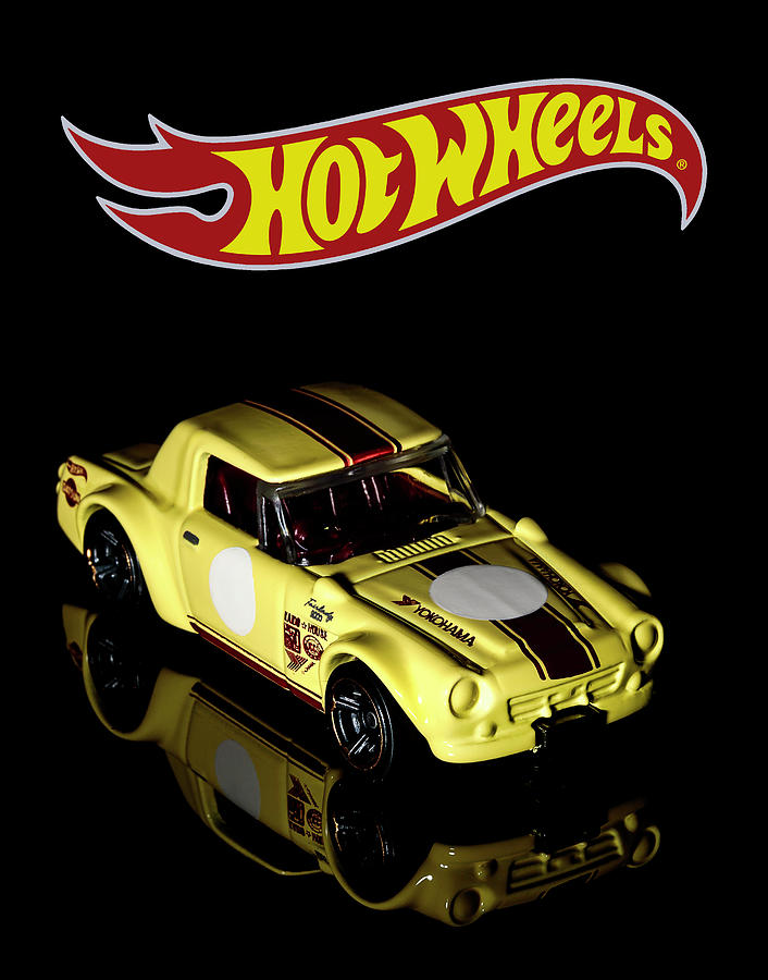 Hot Wheels Datsun Fairlady 2000 by James Sage