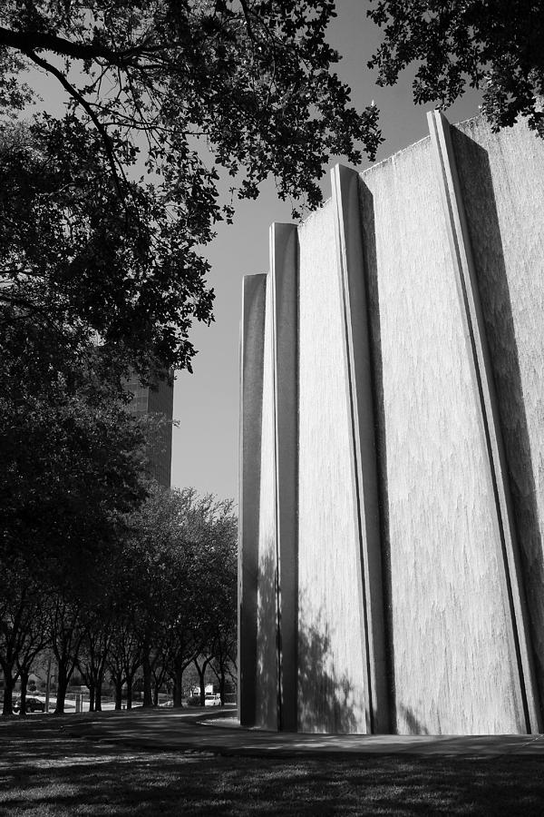 Houston Water Wall Vignette in Black and White by Angela Rath