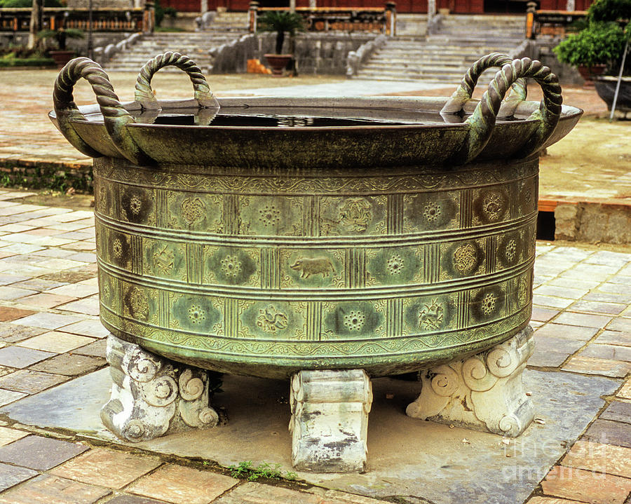 Hue Imperial Citadel Bronze Urn 01 by Rick Piper Photography