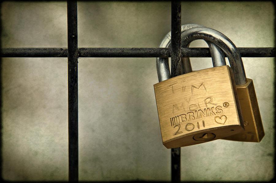 Lock Photograph - I Got You Babe by Evelina Kremsdorf