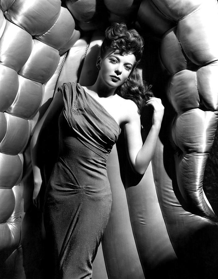 Bare Shoulder Photograph - Ida Lupino, 1946 by Everett