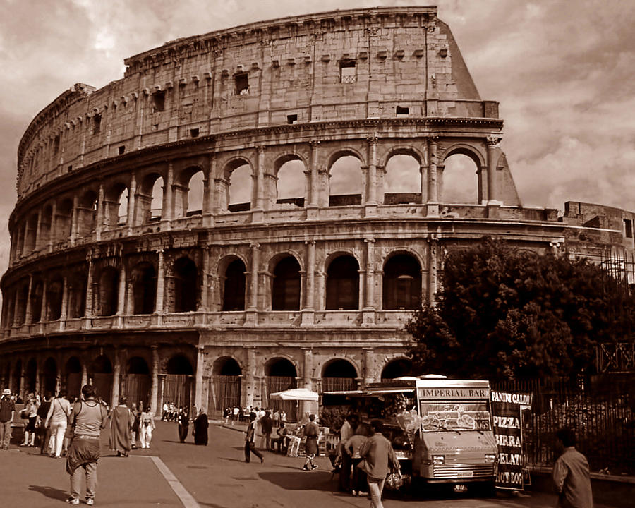 Il Colosseo by Steven Myers