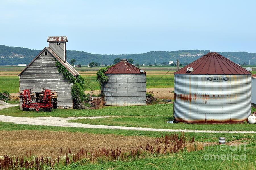 Farm Photograph - Ilini Farm by Marty Koch