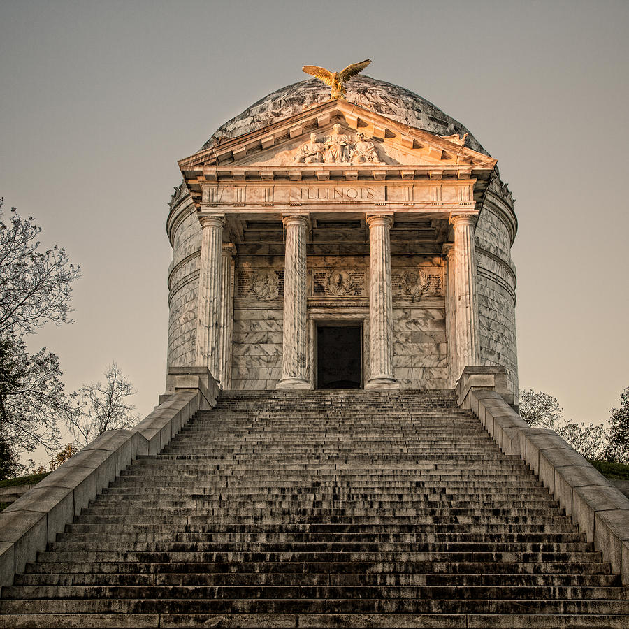Illinois Memorial Sunset - Vicksburg Photograph