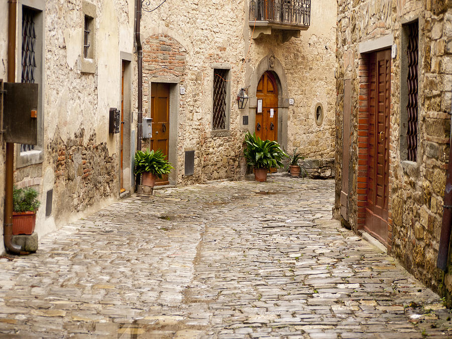 Montefioralle Photograph - In Montefioralle by Rae Tucker