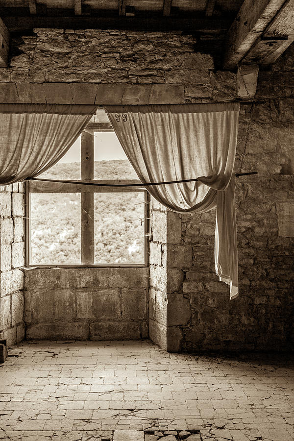 Medieval Photograph - In The Chateau De Bruniquel by W Chris Fooshee