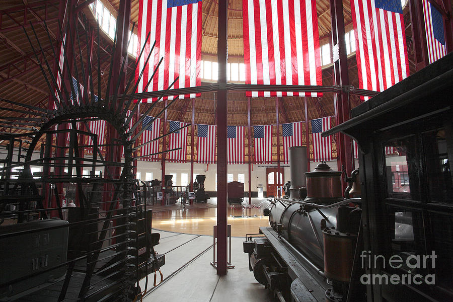 B&o Photograph - In The Roundhouse At The B And O Railroad Museum In Baltimore by William Kuta