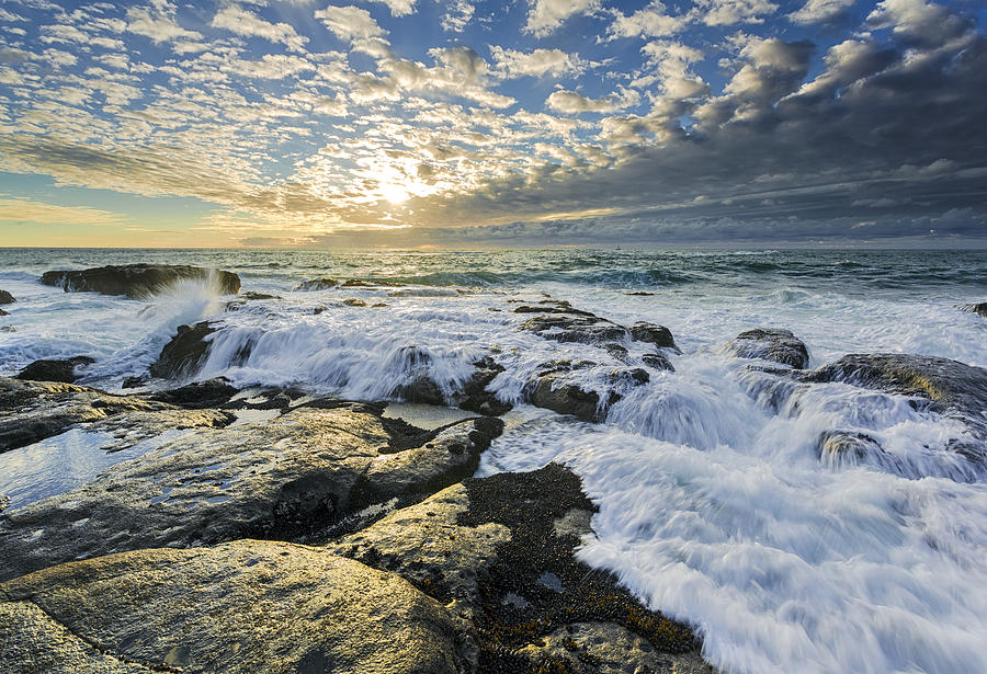 Seascape Photograph - Incoming II by Robert Bynum