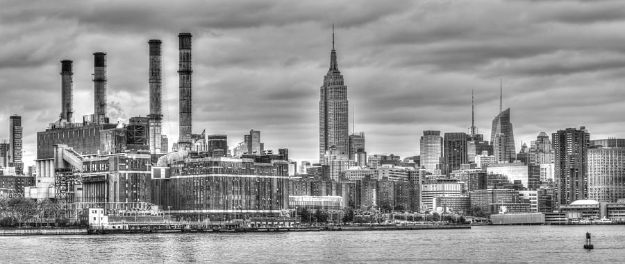 Empire State Building Photograph - Industrial by Michael Santos