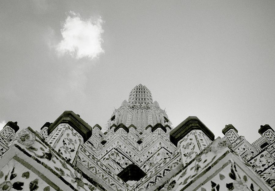 Inspirational Wat Arun by Shaun Higson
