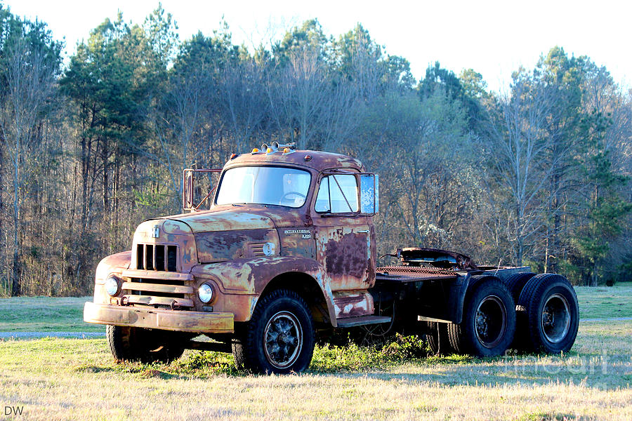 international harvester r200 series truck photograph by kathy white