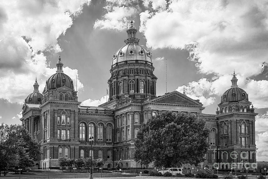 Iowa State Capital by Michael Greiner