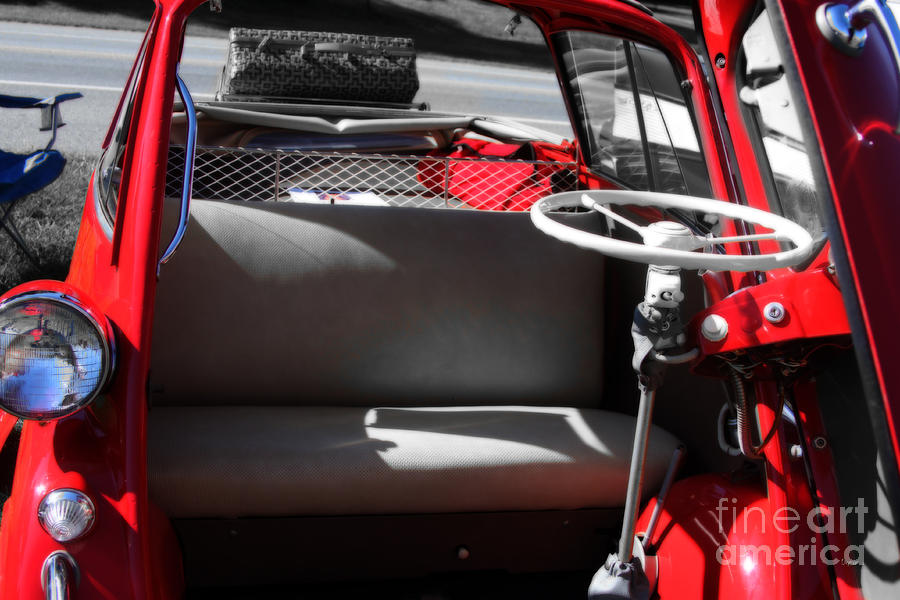 Cars Photograph - Isetta By The  Front Door  by Steven Digman