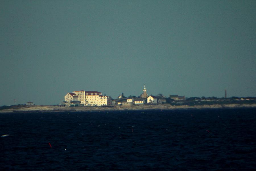 New Hampshire Photograph - Isle Of Shoals Close Up II by Robert Morin