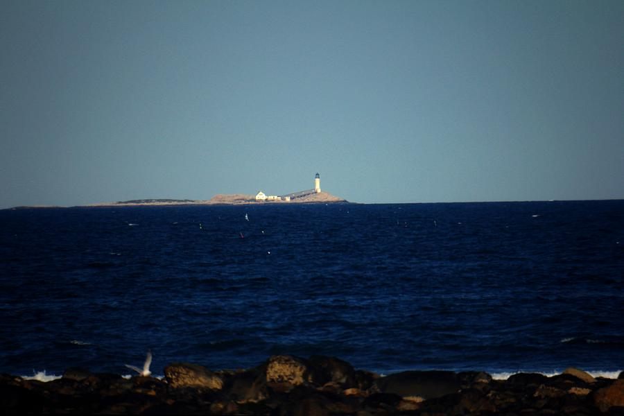 New Hampshire Photograph - Isle Of Shoals From Afar by Robert Morin