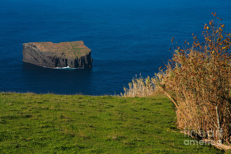 Isle Photograph - Islet by Gaspar Avila