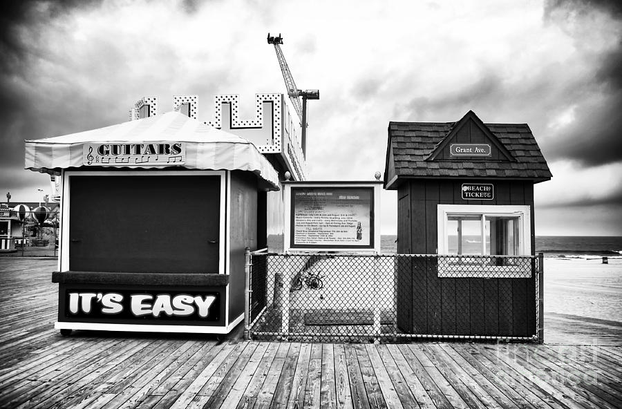 Its Easy Photograph - Its Easy by John Rizzuto