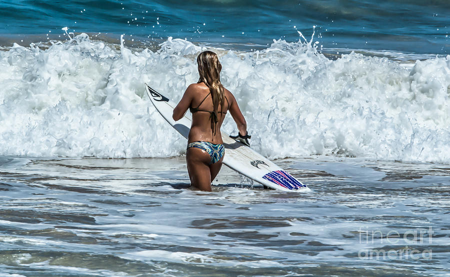It's Go Time Surfs Up by Eye Olating Images