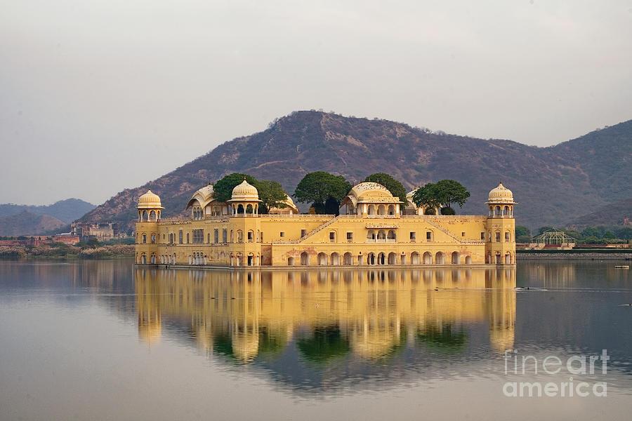 Jal Mahal  by Yew Kwang