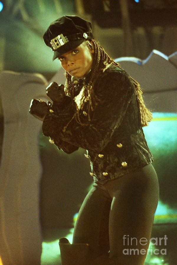 Janet Jackson Photograph - Janet Jackson 94-3022 by Gary Gingrich Galleries