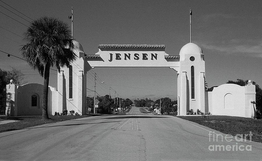 Jensen Beach Florida Photograph - Jensen 1926 Welcome Arch by Richard Nickson