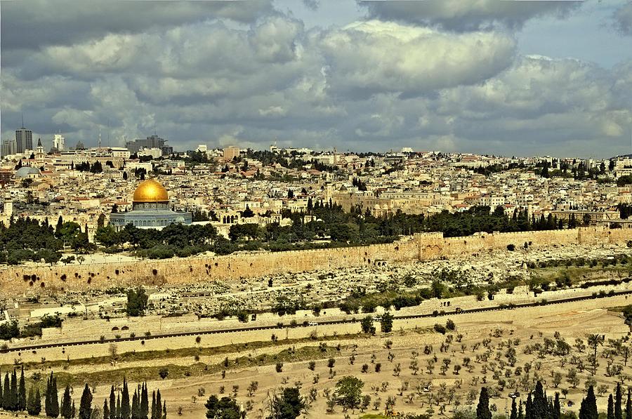 Cohen Photograph - Jerusalem Awaits Her King II by Deb Cohen