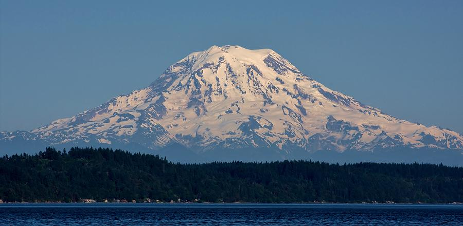 Jewel Of The Pacific Northwest Photograph