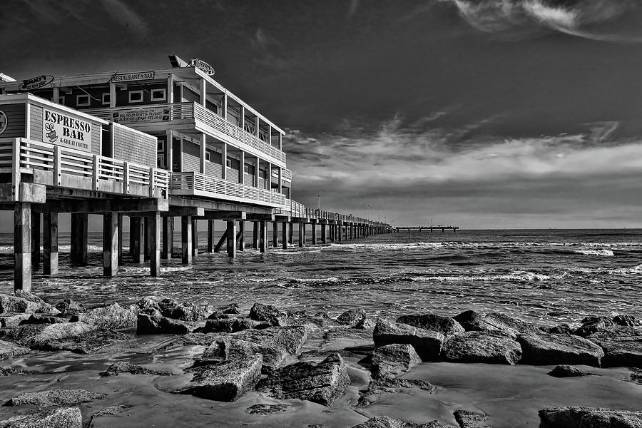 Galveston Photograph - Jimmys On The Pier Black And White by Judy Vincent