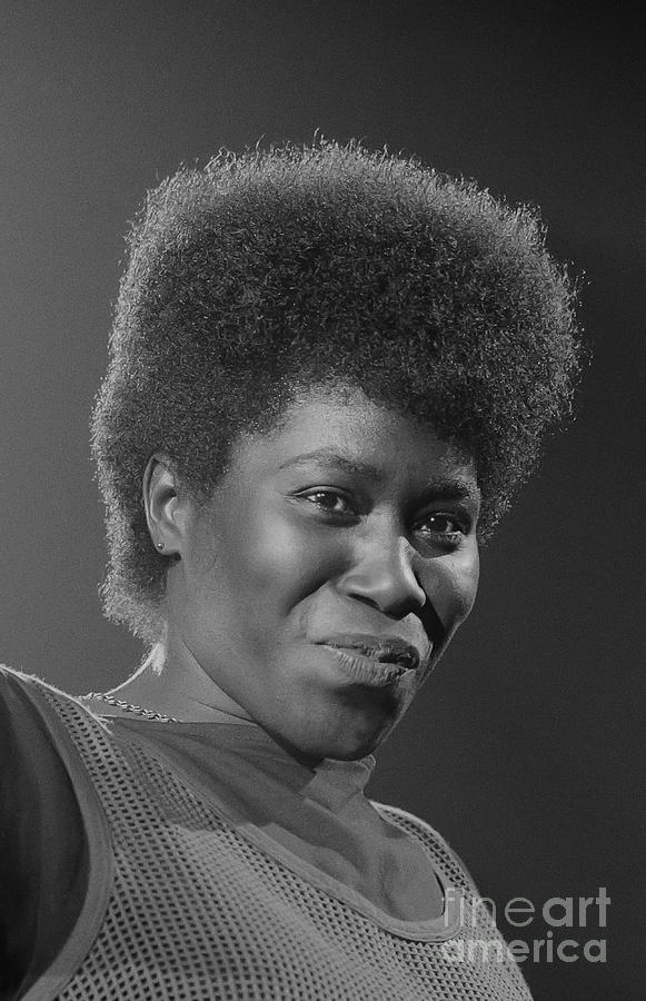 Photo Photograph - Joan Armatrading 4 by Philippe Taka